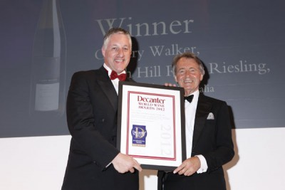 O'Leary Walker wins a DWWA International Trophy